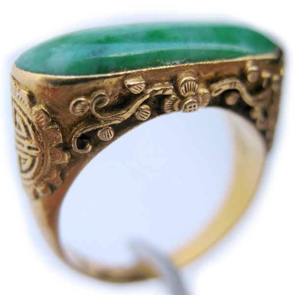 antique vintage 22k solid gold jade gemstone green
